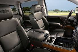 side view of the 2018 chevy silverados front seats