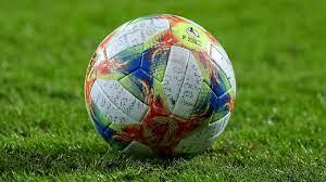 Ohne instagram, facebook und co. Corona Krise Auswirkungen Auf Den Fussball Dfb Deutscher Fussball Bund E V
