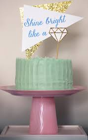 diy cake stand with mini cake