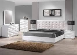 J&M Verona Modern White Lacquer & Premium Leather Queen Size Bedroom Set 3Pcs