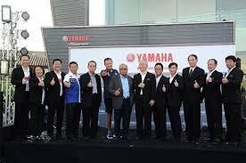 president thailand automotive insute tai congratulated thai yamaha motor co ltd in the occasion of grand opening of yamaha big bike