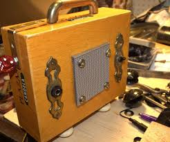 17 best ideas about cigar box projects cigar box i ve wanted to create a cigar box guitar and amp for quite some time