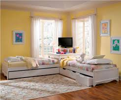 Twin Beds With Corner Table