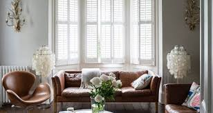 Mucky Swan Or Stirrup Steel Decor Experts Reveal The