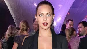 Kasia lenhardt, modelo de 25 años y famosa en alemania por su aparición en un programa para talentos de la profesión, ha sido encontrada muerta en su piso de. 4qz4niolamuwvm