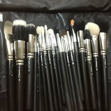 mac makeup brushes are the best want to learn how to properly apply your makeup