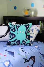 Superior Boys Shark Theme Bedroom 2a{A Pretty Life}