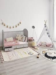Raumgestaltung ideen babyzimmer grau rosa dekoration tipps baby zimmer grau babyzimmer deko zimmer. Moderne Kinderzimmer Tipps Trends Ideen Westwing