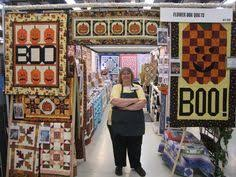 Flower Box Quilts - Rusty Barn - Puyallup, WA - November 2017 ... & Rusty Barn show - Puyallup, WA - November 2010 Adamdwight.com