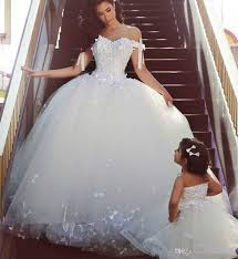 Designer Princess Ball Gown Wedding Dresses Vintage Princess Ball Gown Wedding Dresses Elegant Beautiful Puffy Off Shoulder Muslim Formal Bridal Party Gowns Ballgowns Bridal Designers From