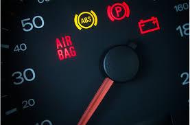 Wat Te Doen Als Het Airbag Lampje Brand Serviceright Autos