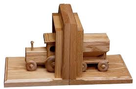 Amish Oak Wood Bookends with Wooden Wagon and Tractor