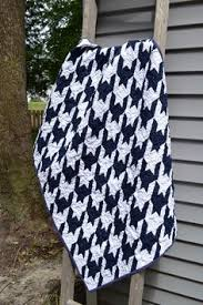 Tula Pink Sew Along: Houndstooth As seen on Sewing with Nancy ... & A navy and white houndstooth quilt Adamdwight.com