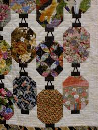 Japanese Lanterns | Lanterns, Japanese and Quilt & Japanese Lanterns by jlapac, via Flickr Adamdwight.com