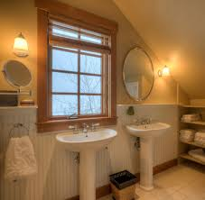 Marvelous-Pedestal-Sink-decorating-ideas-for-Bathroom-Farmhouse ...