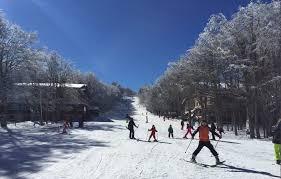 Weekend di sole sulle montagne della Toscana: aperte le piste da sci -  intoscana