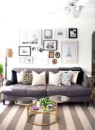 rugs that go with grey couches marvelous what color rug goes couch regarding to sofa decor