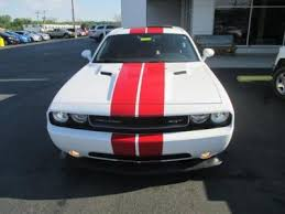 dodge challenger white and red. 2014 dodge challenger srt8 hemi 5 seats 2 door with sunroofmoonroof white and red