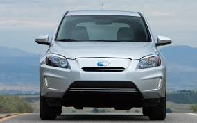 2013 Honda Fit EV vs. 2012 Toyota RAV4 EV Comparison - Motor Trend