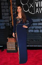 makeup navy bluedress 2 long blue color trendy gown dress by selena gomez what what makeup what color of purple lipstick goes with