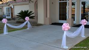 wedding in pink and white Wedding Decoration Ideas Using Tulle decorations ideas wedding entrance pink balloon topiaries with tulle wedding decoration ideas with tulle