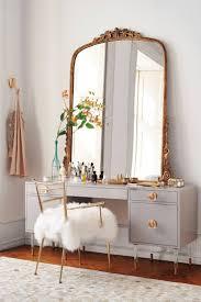 Modern Bedroom Vanity 17 Best Ideas About Modern Makeup Vanity On Pinterest Dressing