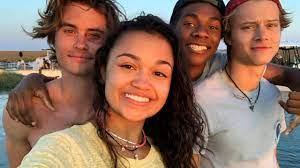 Outer Banks, da Netflix, é renovada para 2ª temporada - Notícias Visto na  web - AdoroCinema