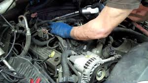 How to change a SPIDER INJECTOR on a Chevrolet V8 - YouTube