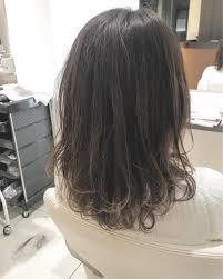 レイヤーとスライドカットで春っぽく軽いスタイルloco Hair Shop所属