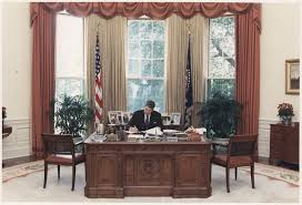 filethe reagan library oval office. Filethe Reagan Library Oval Office. File:photograph Of President Working At His Desk Office L