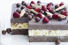 Choc Honeycomb Ice Cream Cake