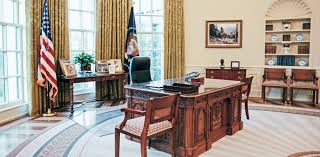 pictures of oval office. From Obama To Clinton, See How 3 Presidents Decorated The Oval Office Pictures Of D