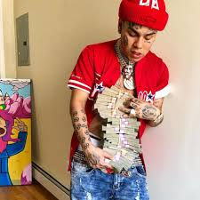 Tekashi 6ix9ines Girlfriend Trolled For Getting Massive Tattoo Of