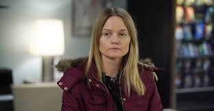 What Happened to Amanda Rollins' Sister? Kim Is Back on 'Law ...