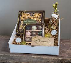 all of our gourmet chocolates and goos are made to perfection by our experienced and talented team of chocolatiers using only the best ings the