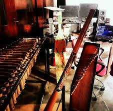 Alat musik tradisional berikutnya adalah aramba, yang berasal dari pulau nias, sumatera utara. Pesona Alat Musik Tradisional Indonesia Dari Berbagai Daerah