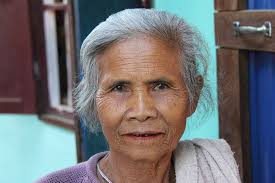 File Old Lao Woman Gray Hair Jpg Wikimedia Commons