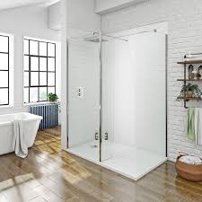 Priced to clear 8mm Walk in Shower Enclosure Pack 1400 x 900