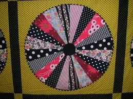 35 best Wagon wheel quilts images on Pinterest   Bees, Carpets and ... & Is there anything that screams pioneer days like a wagon wheel quilt! Adamdwight.com
