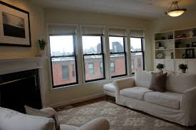Decor: Traditional Living Room Design With White Sofa Covers ...