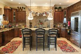 Holiday Decor traditional-kitchen