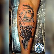 большинство людей сделавших у нас татуировку приходят снова