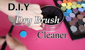 diy dry brush cleaner switch out eyeshadow colors fast clean brushes between colors you