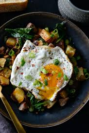 It's called a standing rib roast because to cook it, you position the roast majestically on its. Leftover Prime Rib Breakfast Hash Simply Scratch