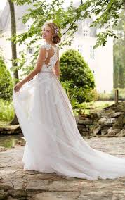 romantic lace wedding dress with cameo back stella york