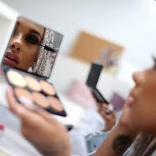 cream contour mirror sleek makeup