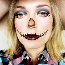 get this easy scarecrow makeup with a simple step by step guide with makeup