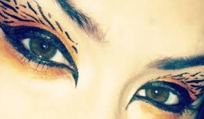 by deepika dewan april 24 2016 featuredimage fashionlady fashionlady print eye makeup