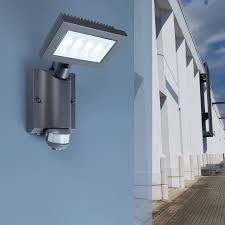 lutec nevada led solar wall light with pir sensor square