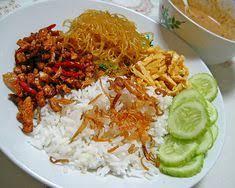 Jika ingin mengolah nasi menjadi lebih spesial, boleh mengolahnya menjadi nasi liwet komplit ala sunda. 230 Indonesian Nasi Campur Ideas Indonesian Food Food Indonesian Cuisine